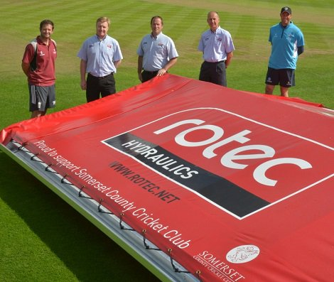 Rotec Hydraulics sign two year deal with Somerset County Cricket Club